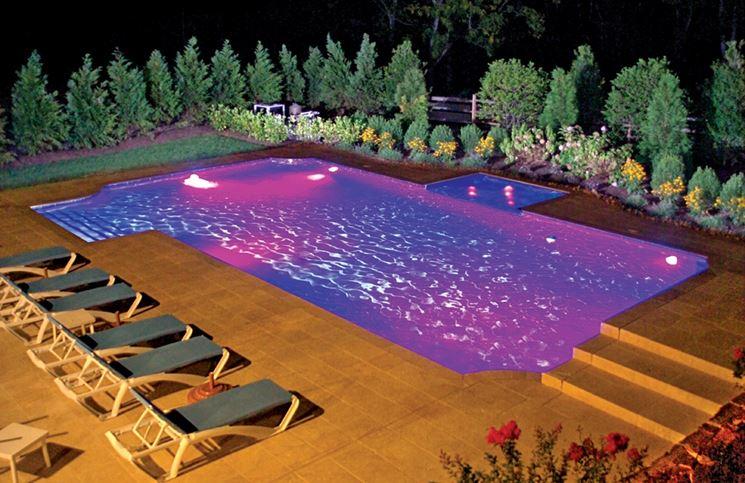 Iluminazione piscina