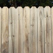Recinzione legno semplice