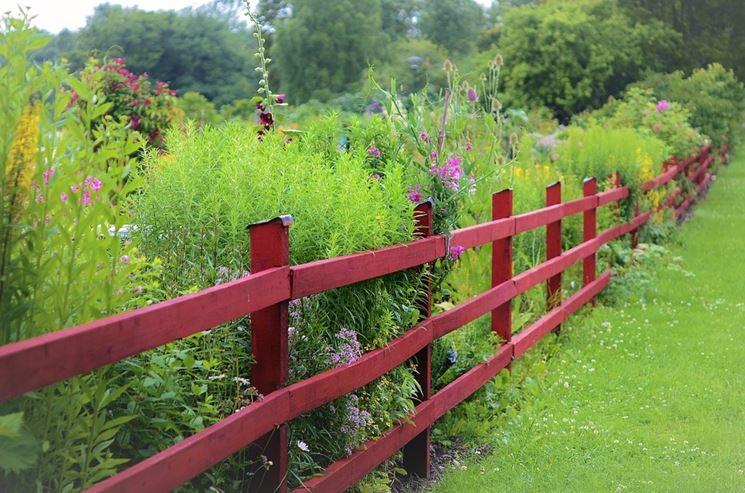 Recinzioni in legno fai da te recinzioni casa - Casa in legno fai da te ...