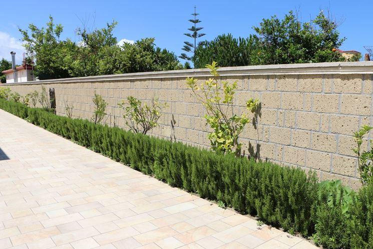 Recinzioni in muratura recinzioni casa recinzioni muratura - Recinzione casa prezzi ...