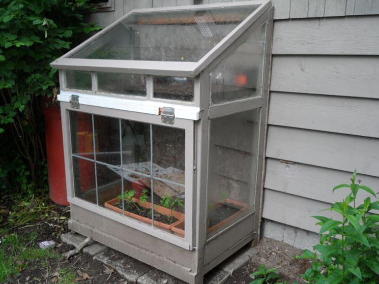 Serre giardino serre per orto serre da giardino for Make your own small greenhouse