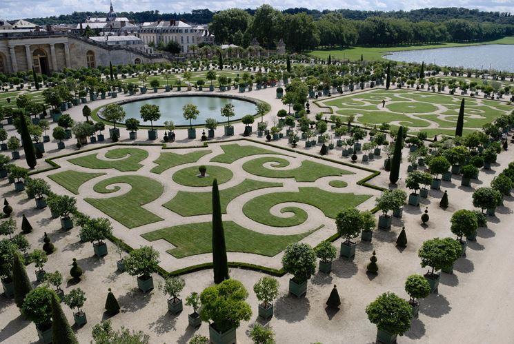 Il giardino della reggia di Versailles.