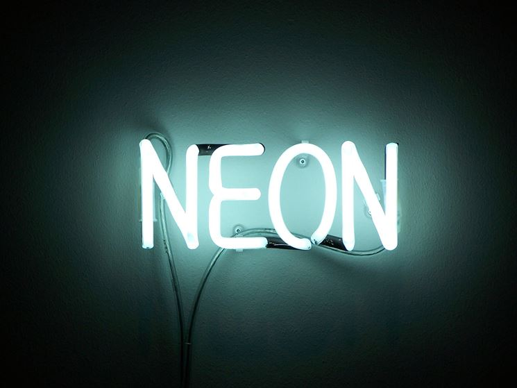 Tubi di Luce al Neon