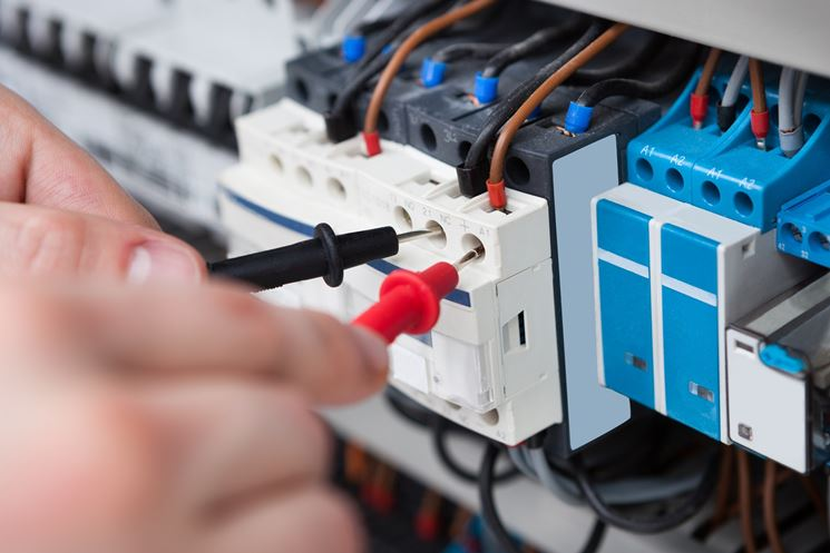 Impianto elettrico esterno impianto elettrico - Realizzare impianto elettrico casa ...