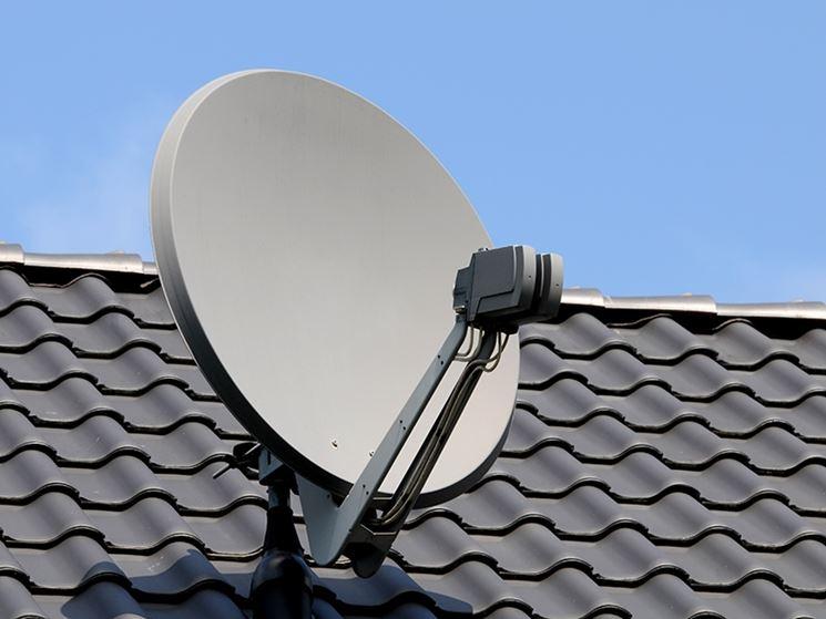 Antenna parabolica su tetto