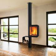 Elegante termostufa a legna in acciaio