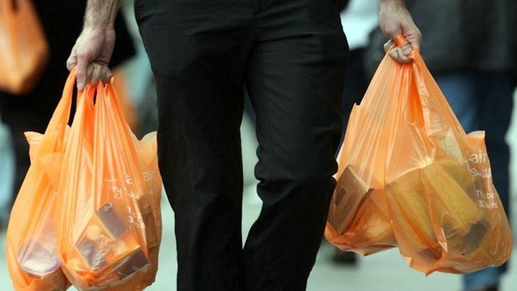 Riutilizzo dei sacchetti di plastica