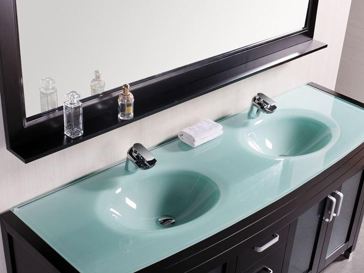 Mobile con doppio lavabo in cristallo