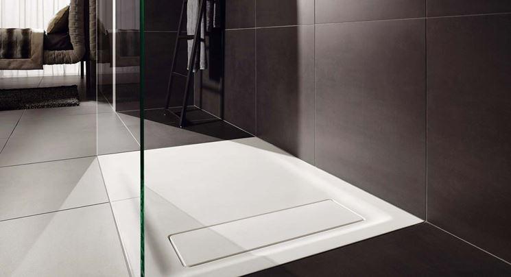 Piatto doccia filo pavimento bagno e sanitari installare piatto doccia filo pavimento - Piatto doccia a filo pavimento svantaggi ...