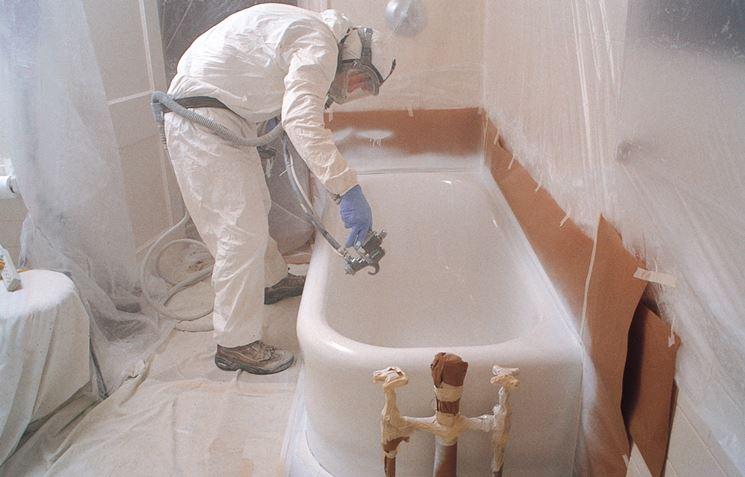 Smalto vasca da bagno bagno e sanitari protezione vasca - Verniciatura a bagno ...