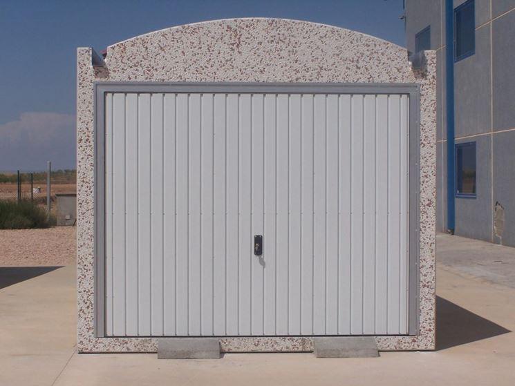 Box costruire casa garage for Costruire un garage su un terreno in pendenza