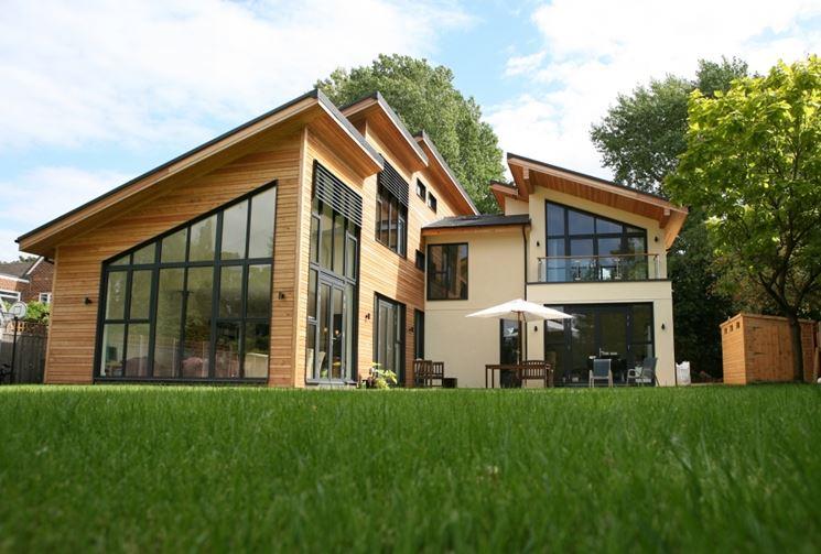 Giardino casa verde