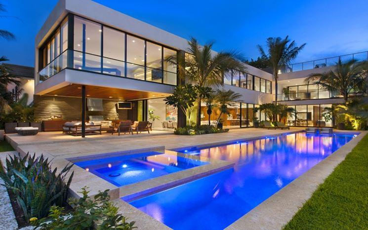 Abitazione di lusso con piscina