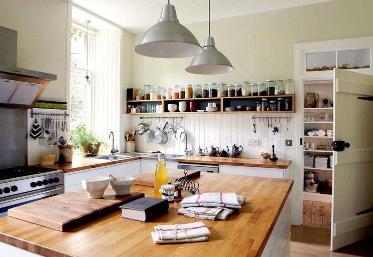 Cucina da poco ristrutturata