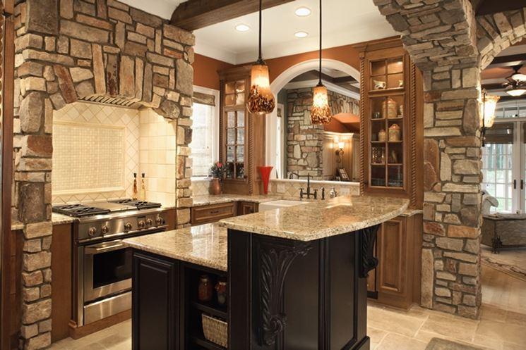 Cucina rustica in muratura e pietre