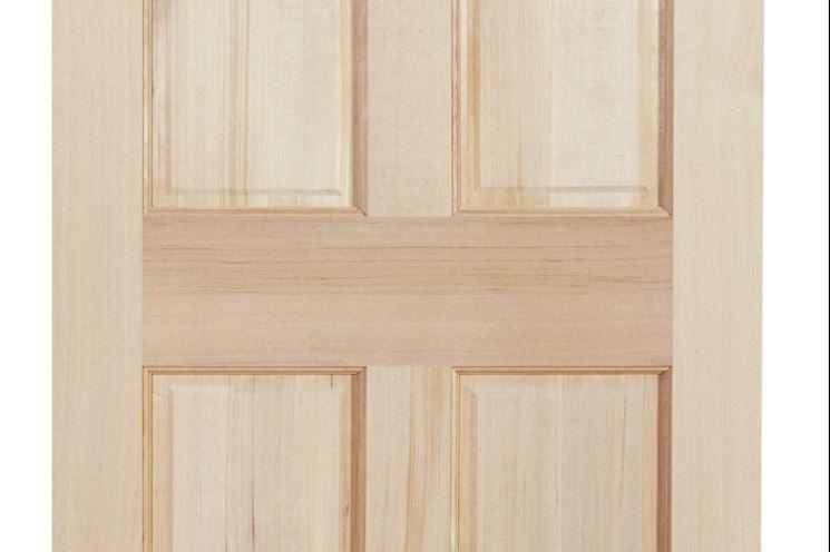 Come montare una porta interna - Montare una finestra ...