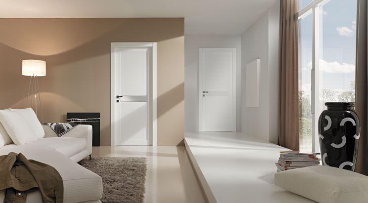 Porte interne laccate per living moderno
