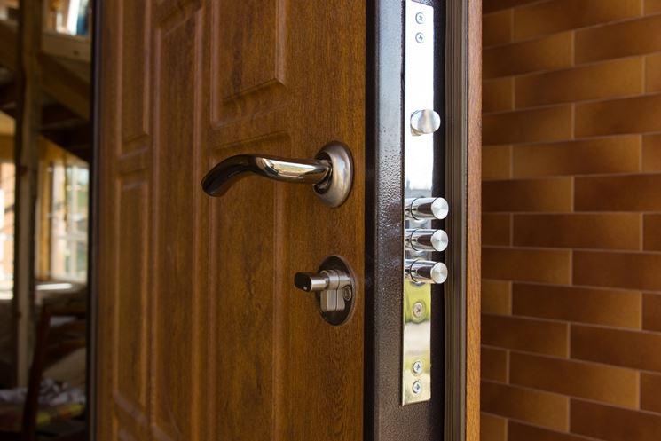 Porte di sicurezza in una casa