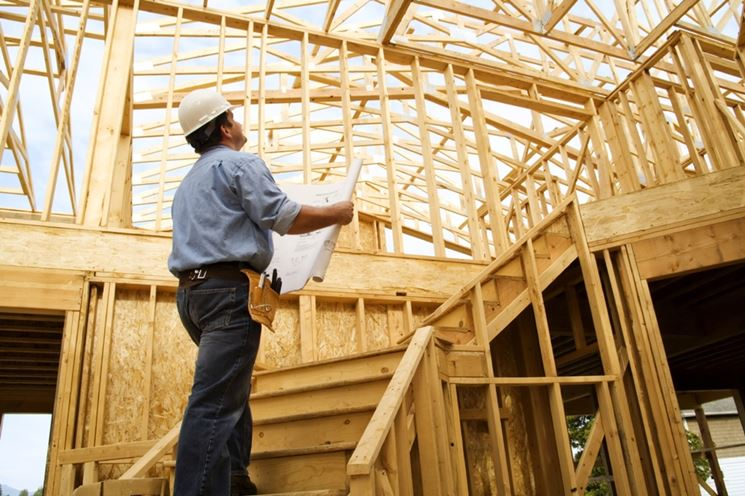 Ispezione di un edificio in costruzione