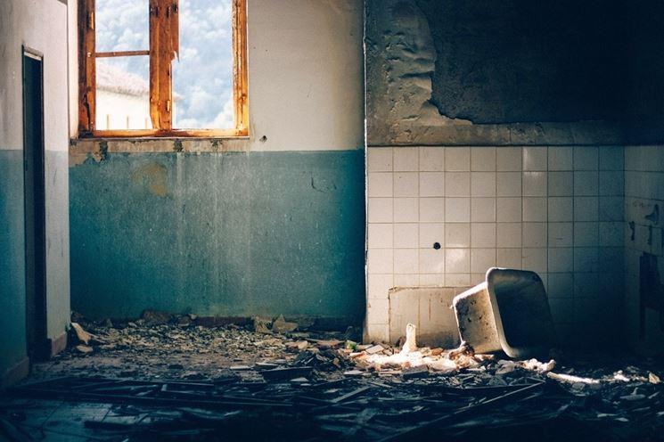 Bagno da ristrutturare
