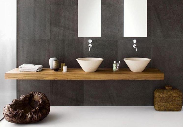 Bagno moderno in legno