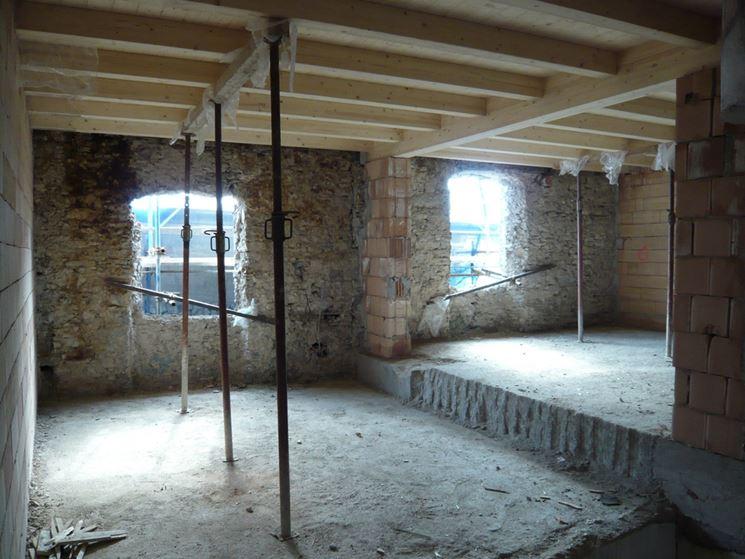 demolizione pareti per ristrutturazione di un appartamento