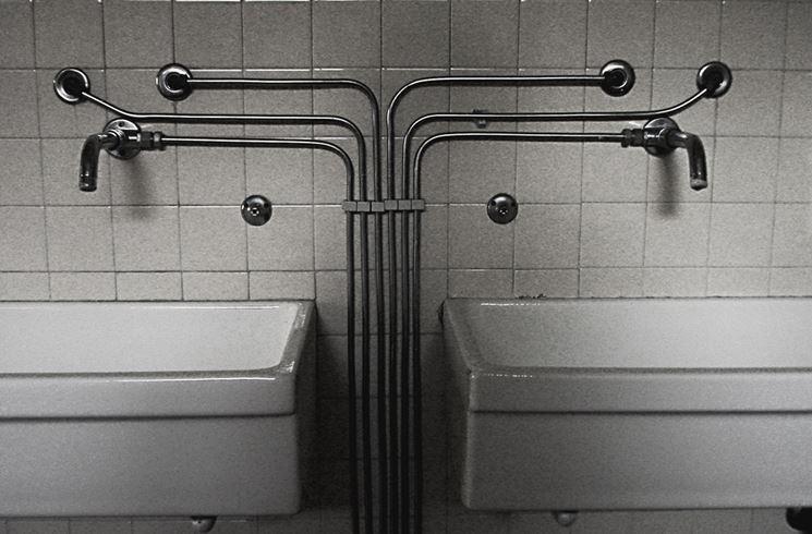 Tubature esterne di un bagno