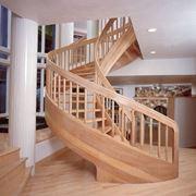 Scale elicoidale in legno