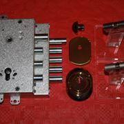 Un modello di serratura CISA