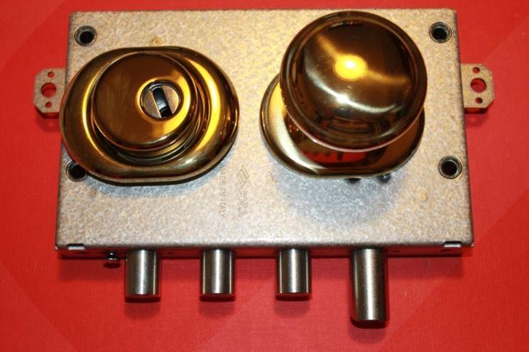 Cisa serrature serrature caratteristiche delle for Porte blindate alias modello steel