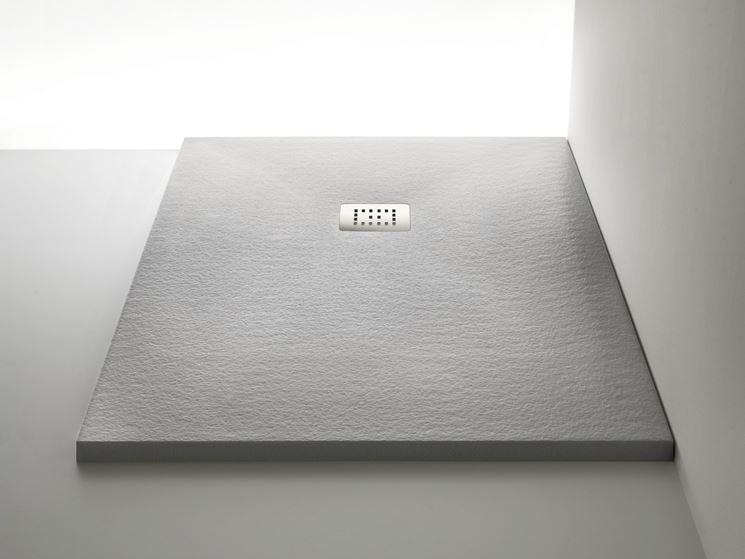 Come realizzare un piatto doccia antiscivolo dispositivi - Posa piatto doccia prima o dopo piastrelle ...