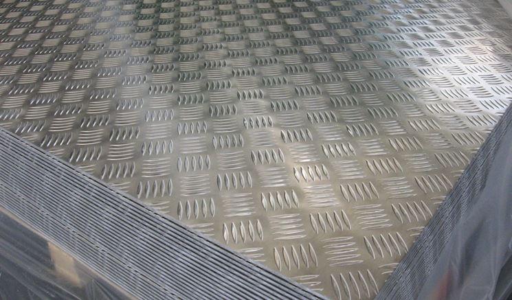 Lamiera antiscivolo in alluminio