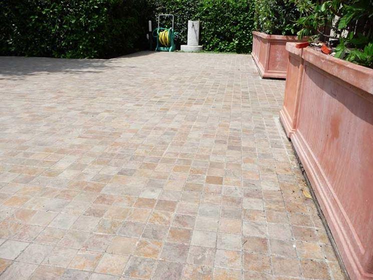Pavimenti da terrazzo for Pavimento esterno antiscivolo