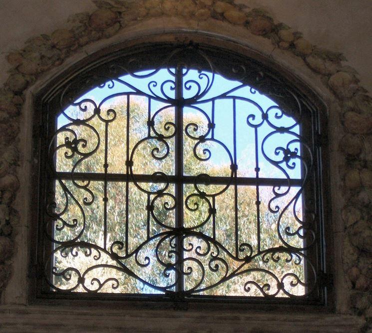 Esempio di finestre in ferro