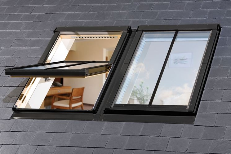 Finestre per tetti nero