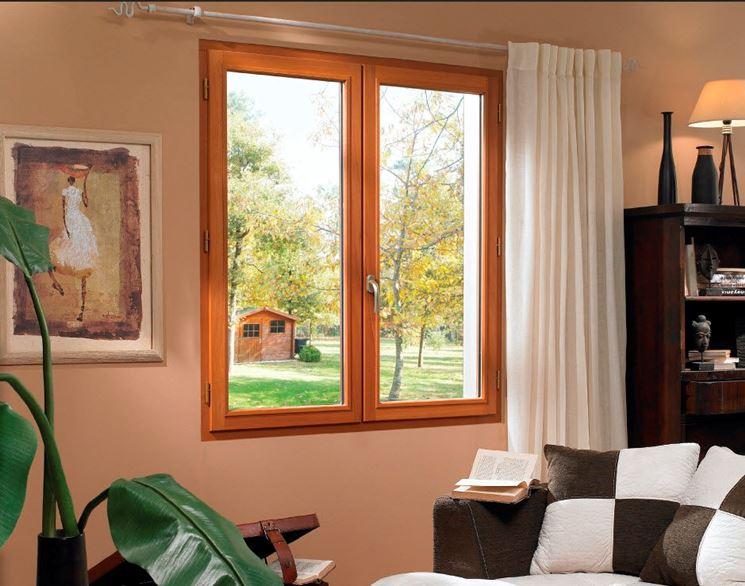 Prezzi finestre in legno finestre quanto costano le - Finestre di legno prezzi ...