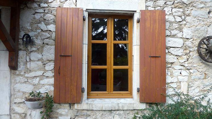Prezzi finestre in legno finestre quanto costano le finestre in legno - Finestre in legno prezzi ...
