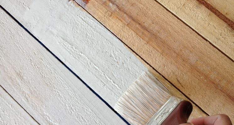 Verniciatura del legno