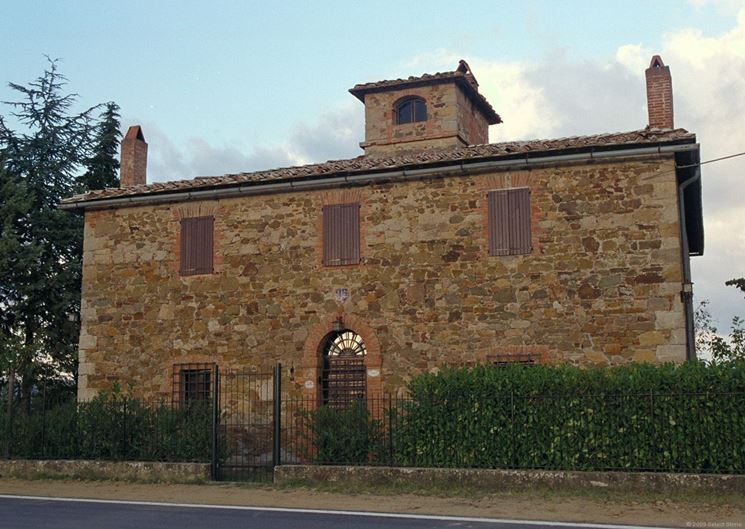 Antico casale in muratura