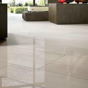 Un pavimento di gres porcellanato