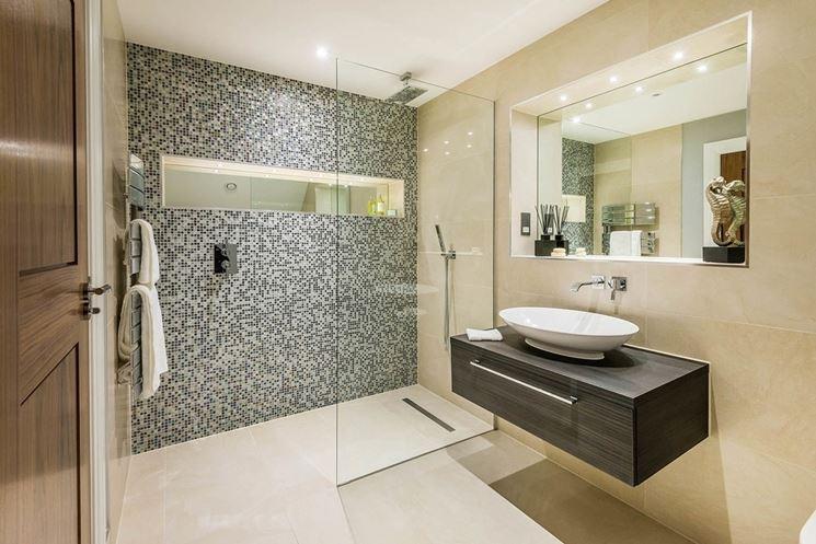 Piastrelle bagno mosaico le piastrelle decorazione bagno - Rivestire piastrelle bagno ...