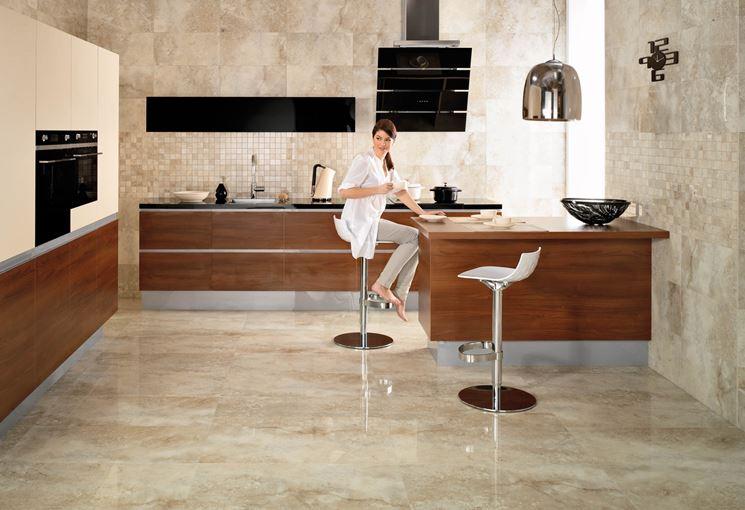 Parete cucina moderna amazing cucina piccola moderna con pareti