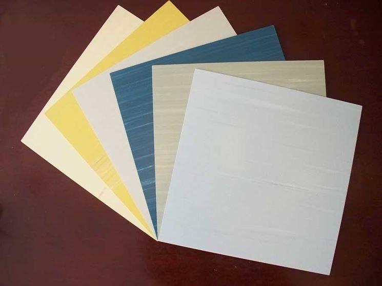 Sottili piastrelle in PVC
