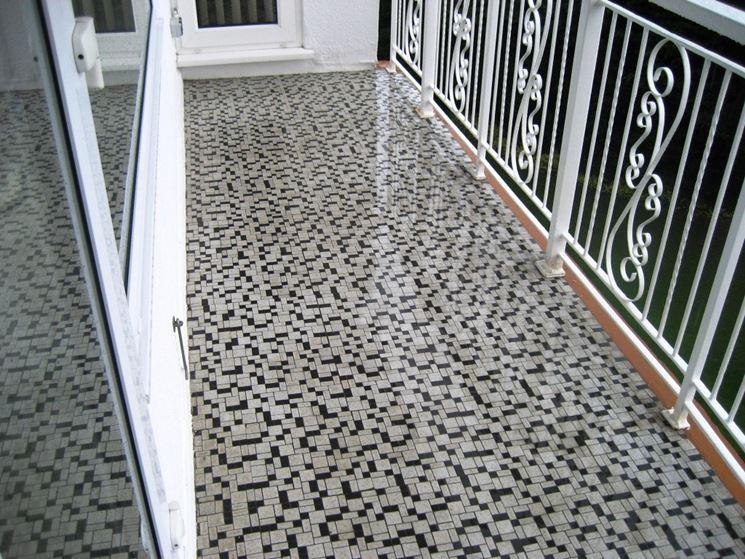 Eleganti piastrelle per balconi