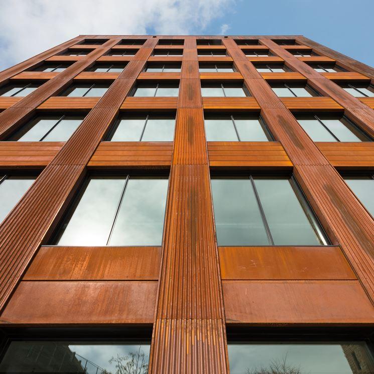 Un edificio realizzato in legno