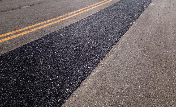 Stesura asfalto caldo