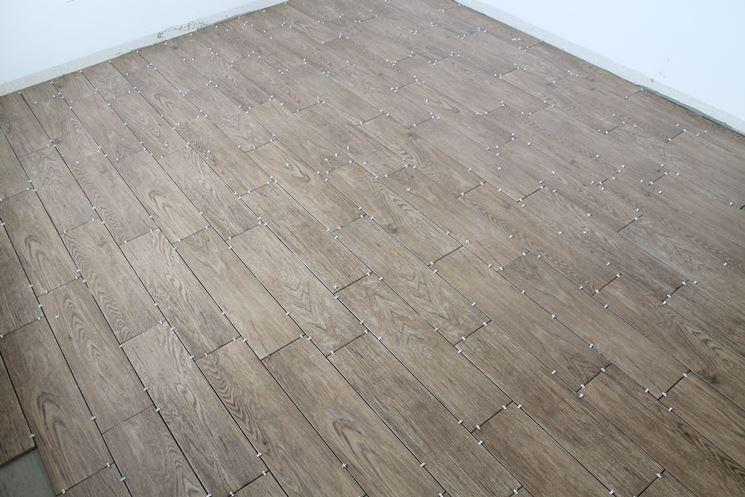 Piastrelle Effetto Legno Posa : Pavimenti gres porcellanato effetto legno pavimentazione