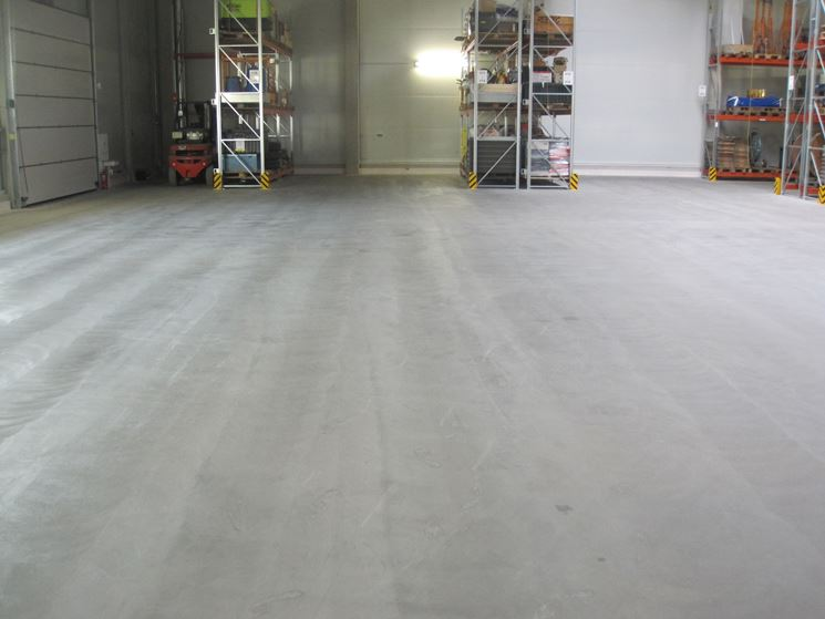 Pavimento in cemento liscio