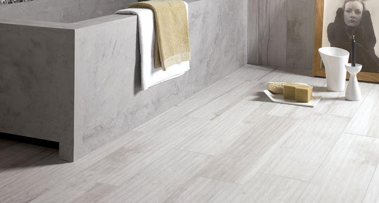 Pavimenti in finto legno pavimentazione rivestimenti in finto legno - Bagno finto legno ...