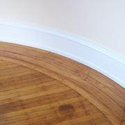 Pavimento in legno con macchie